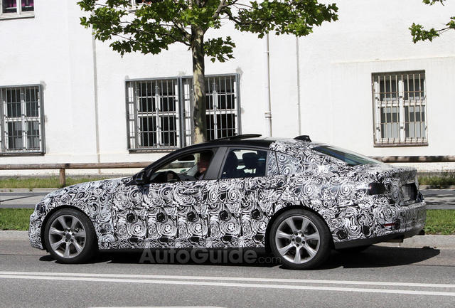 BMW 4 Series Gran Coupe lần đầu lộ diện