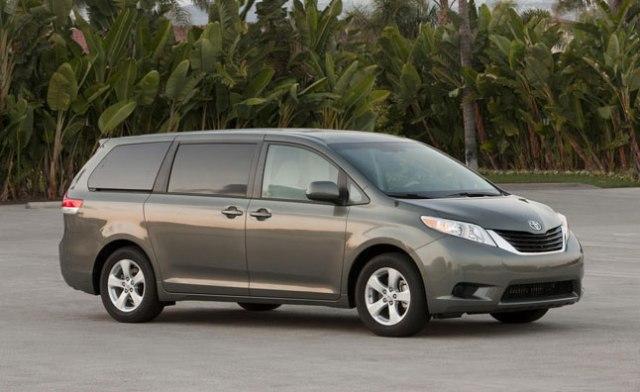 Toyota Sienna 2013 có thêm nhiều tính năng mới