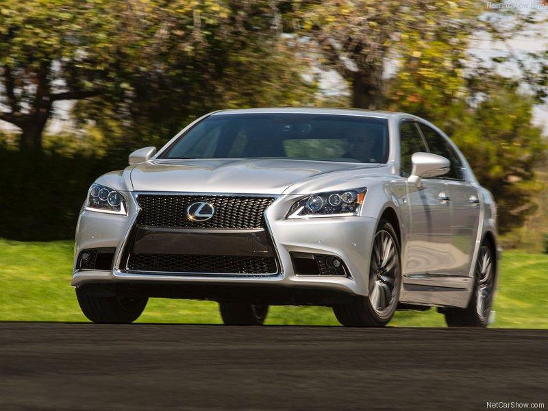 Lexus LS 2013 có giá khởi điểm từ 71.990 USD