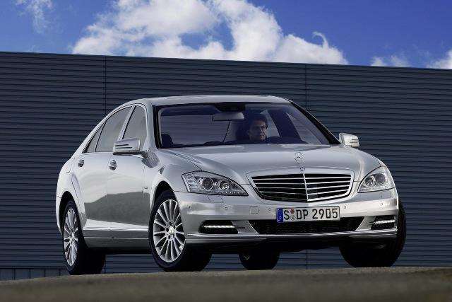 Mercedes cắt giảm sản xuất S-Class tại châu Âu