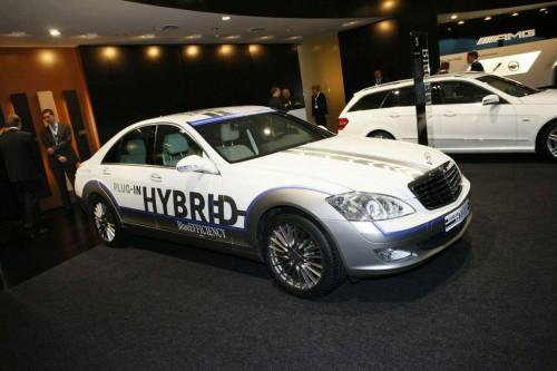Mercedes nhắm đến công nghệ Plug-In cho xe khủng