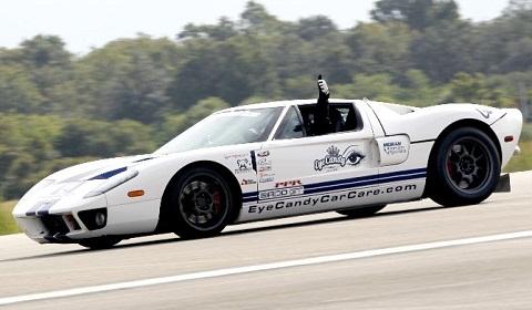Kỷ lục mới của Ford GT
