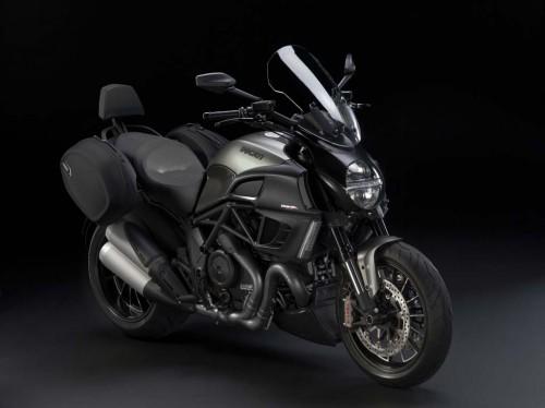 Diavel Strada – thành viên mới nhất của Ducati 2013