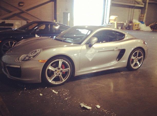 Lộ ảnh thiết kế lại Porsche Cayman 2013