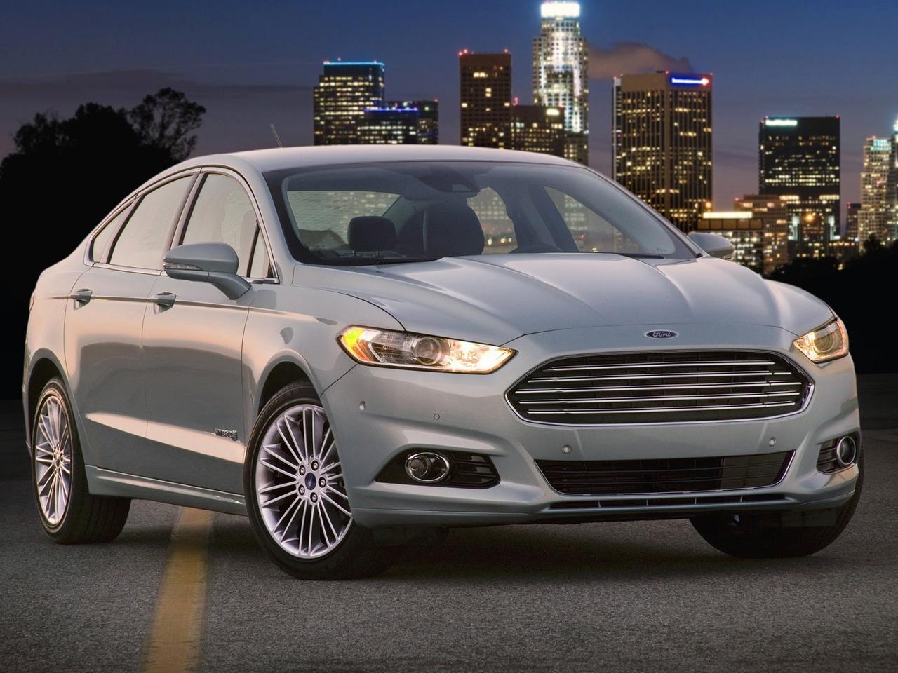 Ford Fusion thu hồi đợt hai