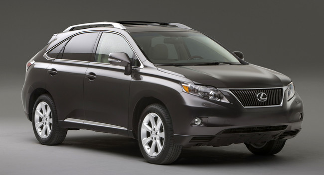 Toyota bị phạt 17,35 triệu USD vì chậm thu hồi Lexus RX