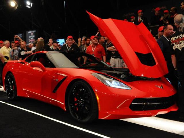 Chevrolet Corvette Stingray 2014 có giá 1,1 triệu USD