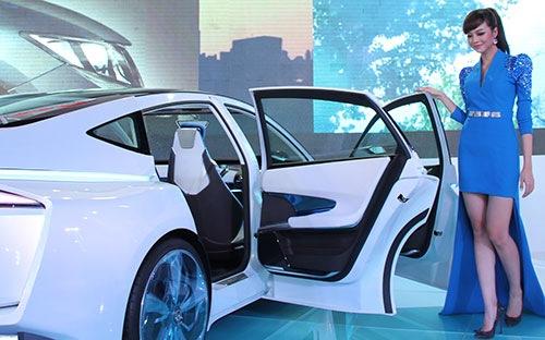 Sẽ không giảm thuế ôtô trong năm 2013