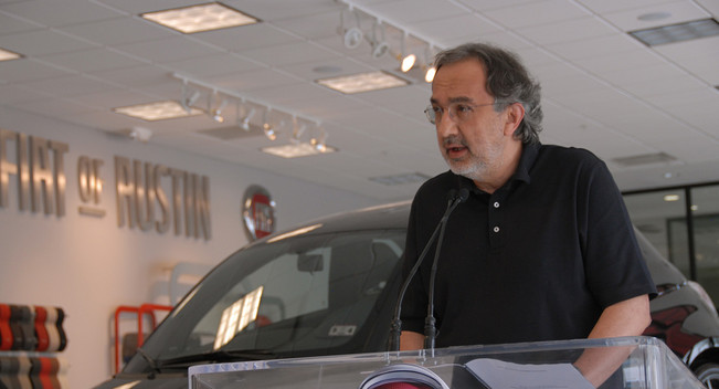 Fiat sẽ sáp nhập với Chrysler vào năm sau