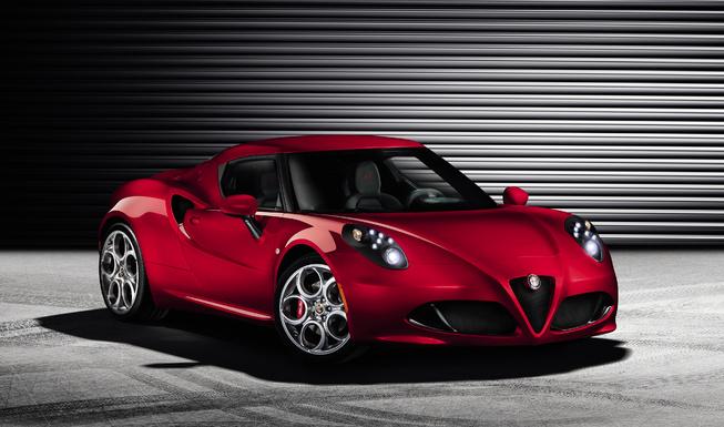 Hình ảnh chi tiết đầu tiên của Alfa Romeo 4C