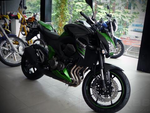 Kawasaki Z800 2013 xuất hiện tại Việt Nam