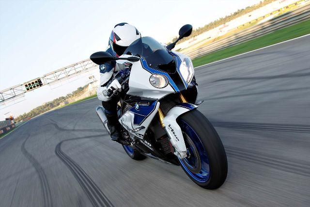 Lịch sử 90 năm BMW Motorrad gói gọn trong 90s
