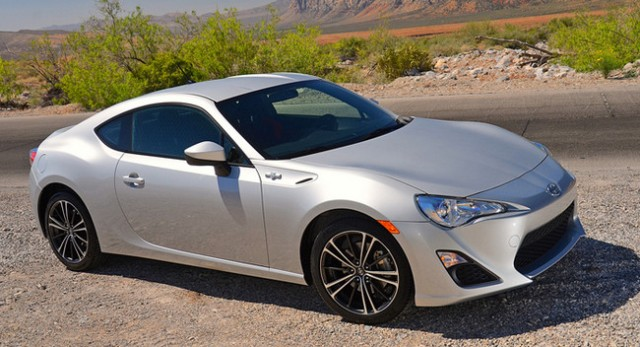 Toyota nâng cấp Scion thành xe sang