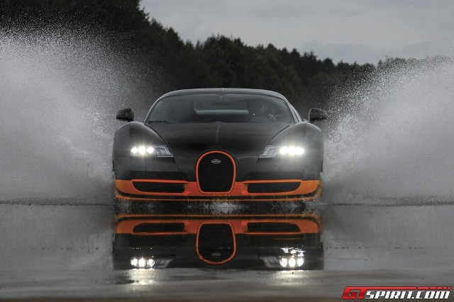 Bugatti Veyron Super Sport bị tước danh hiệu siêu xe nhanh nhất thế giới