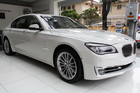 BMW 760Li 2013 về Việt Nam giá 6,7 tỷ đồng