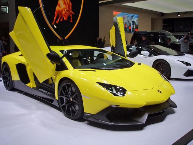 Chỉ có 100 chiếc Lamborghini Aventador đặc biệt được sản xuất