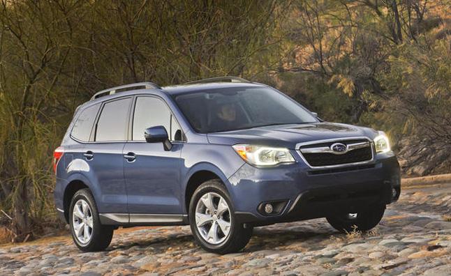 Subaru thu hồi Forester 2014 do lổi thảm sàn
