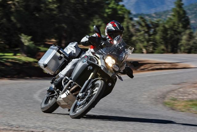 BMW F 800 GS Adventure 2013 – nhẹ và off-road tốt hơn