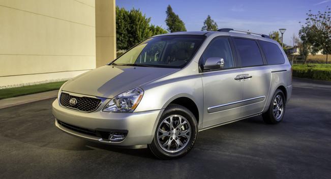Kia Sedona minivan hồi sinh