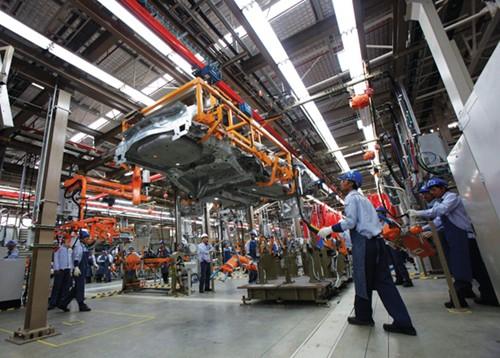 """Thị trường xe hơi Việt Nam có bị """"thái hóa""""?"""