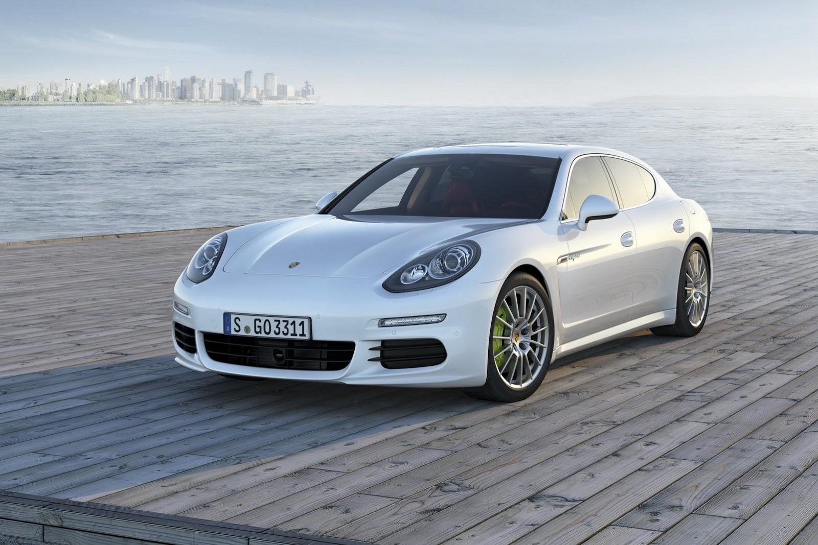 Porsche Panamera S E-Hybrid chỉ tiêu tốn 2.8 lít