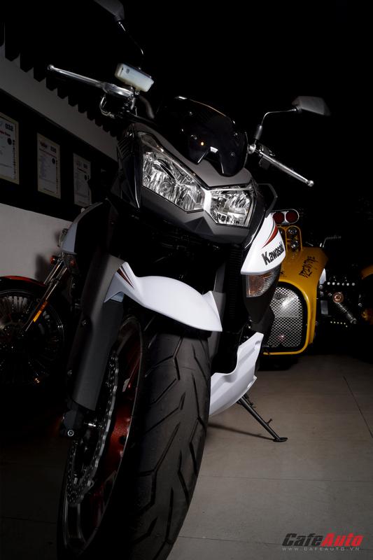 Thêm một chiếc Kawasaki Z1000 Special Edition về Việt Nam