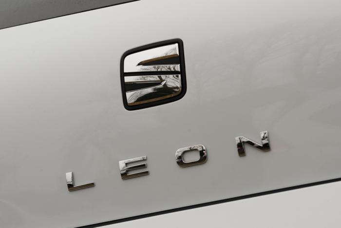 SEAT Leon thắng giải xe của năm của Auto Express