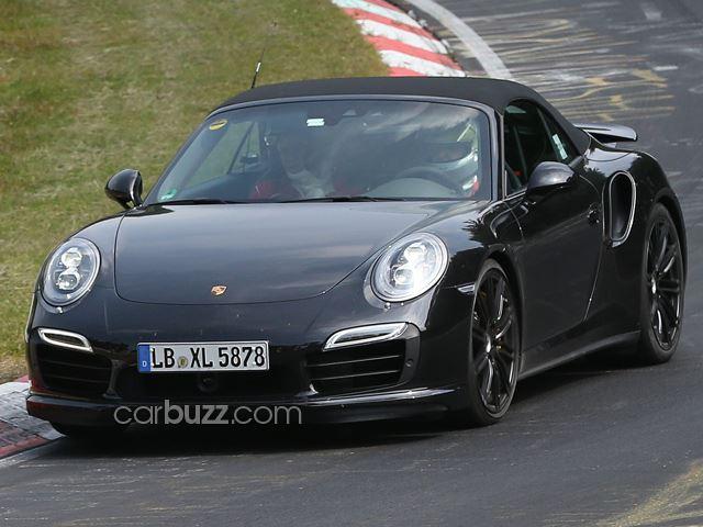 Phát hiện Porsche 991 Turbo Cabrio trên đường thử