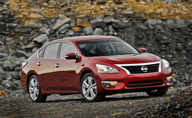 Nissan Altima 2014: cải tiến nhiều tăng giá ít