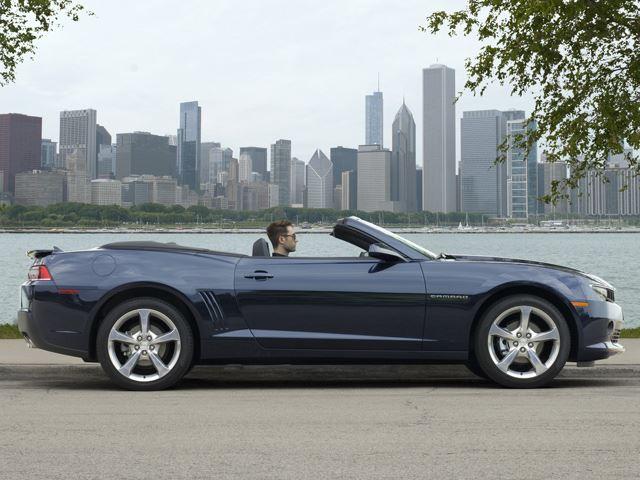 Chevrolet Camaro lộ diện phiên bản mui trần