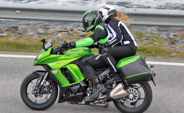 Phát hiện Kawasaki Ninja 1000 2014 trên đường thử