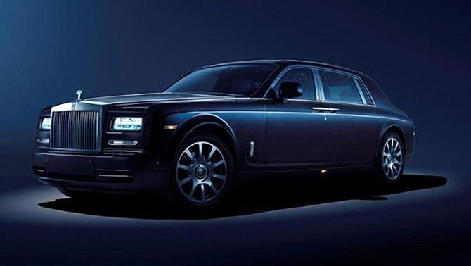 Rolls-Royce tái hiện bầu trời sao trong siêu phẩm Phantom Celestial