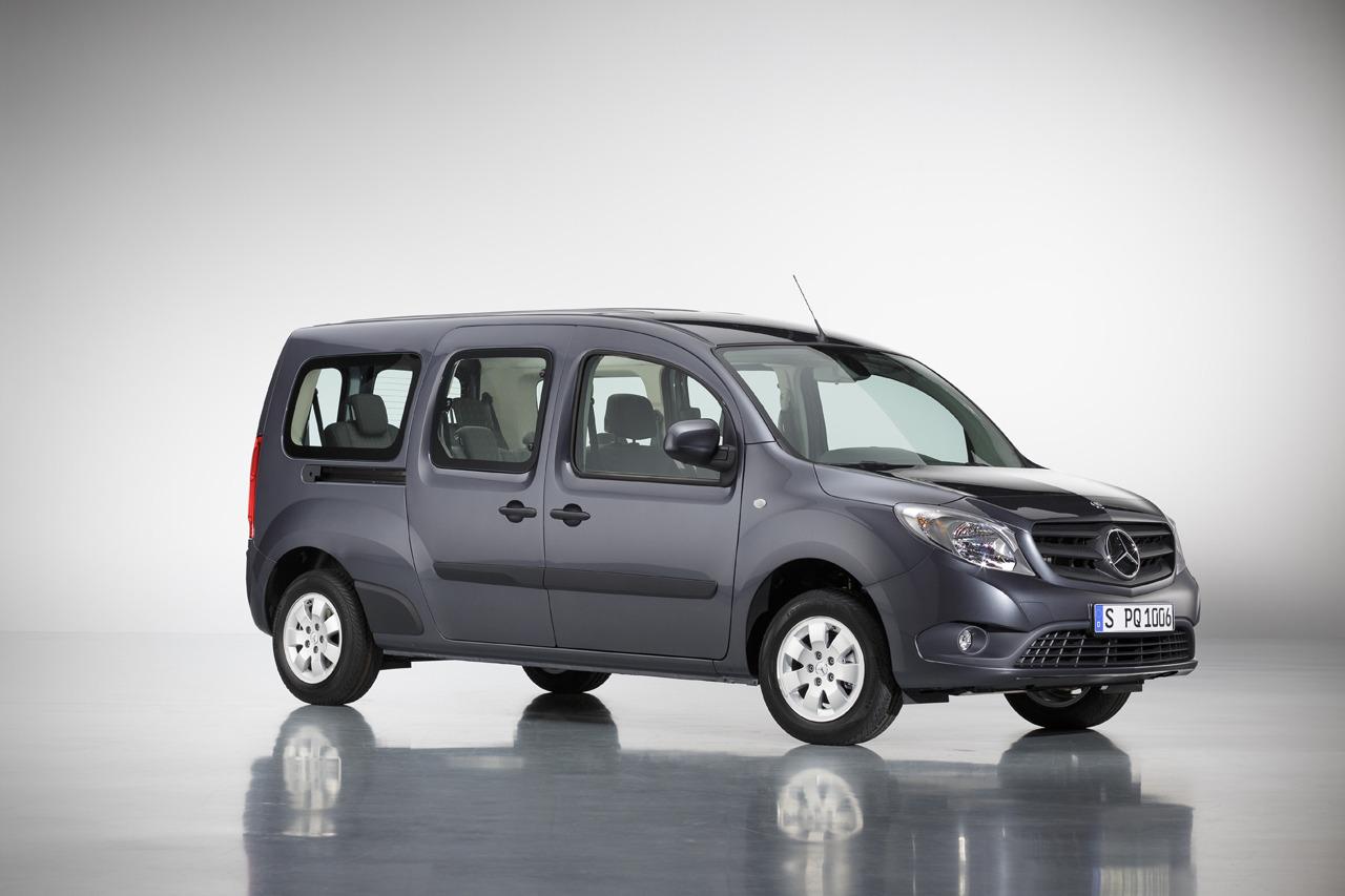 Mercedes tiết lộ mẫu bus 7 chỗ Citan
