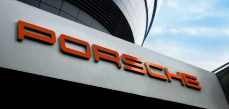 Porsche tăng trưởng 15%