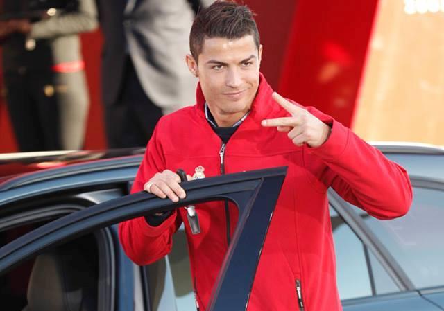 Audi tặng 24 xe cho dàn cầu thủ Real Madrid