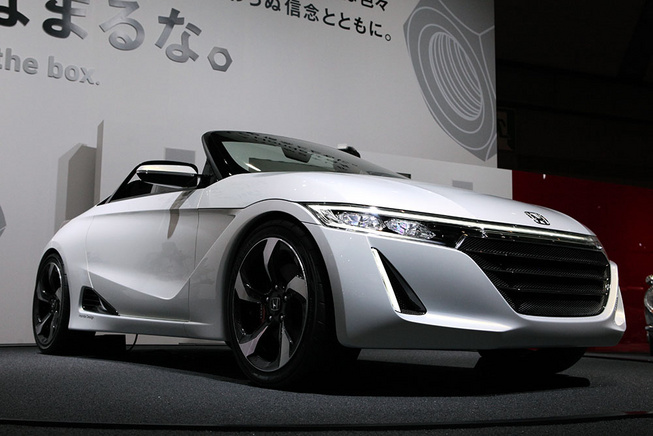 Honda giới thiệu Concept mui trần