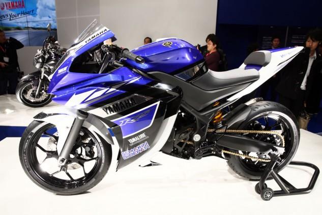 Yamaha R25 lộ diện trước khi được sản xuất