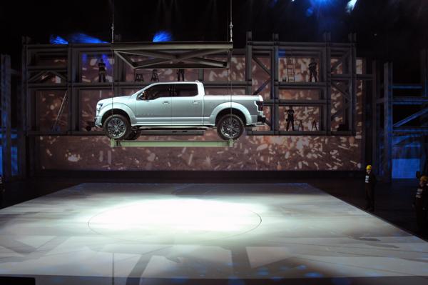 Có 50 mẫu xe ra mắt tại Detroit Auto Show 2014