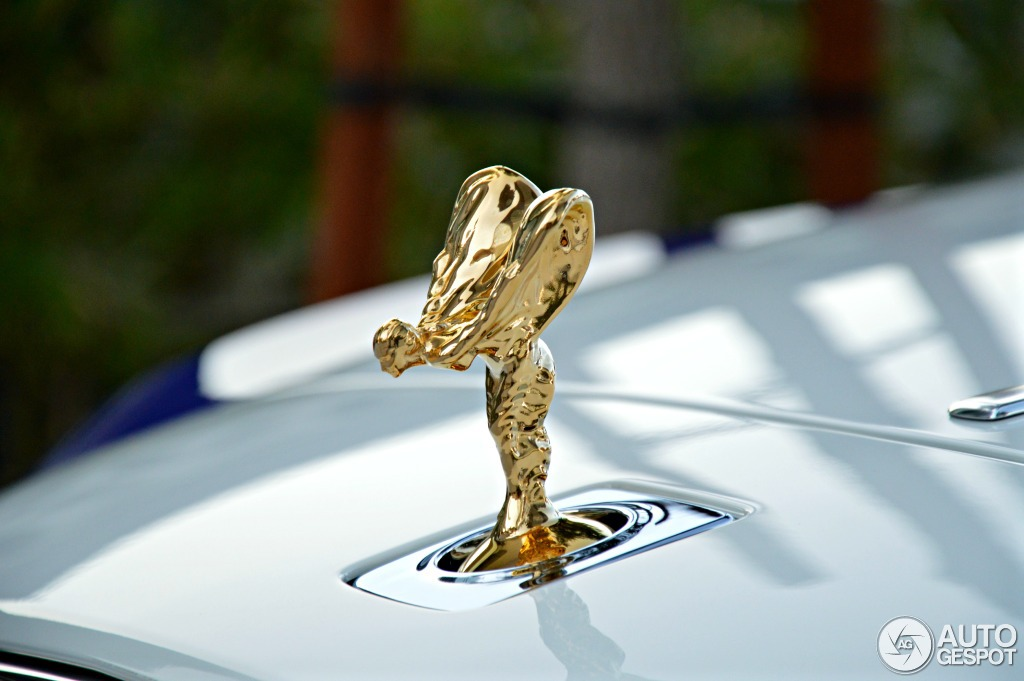Rolls-Royce lập kỷ lục về doanh số trong năm 2013