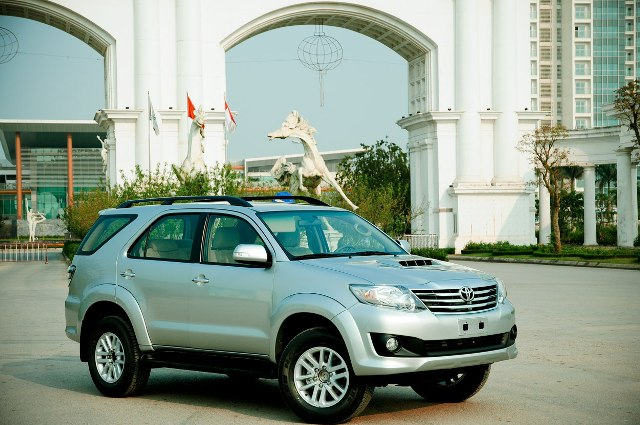 Top 10 mẫu xe bán chạy nhất thị trường Việt Nam