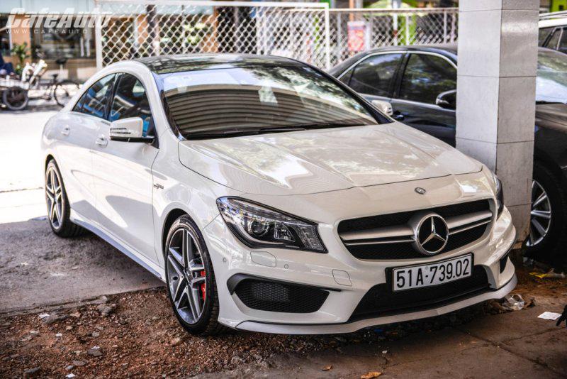 Chưa ra mắt Mercedes CLA 45 AMG đã dạo phố Sài Gòn