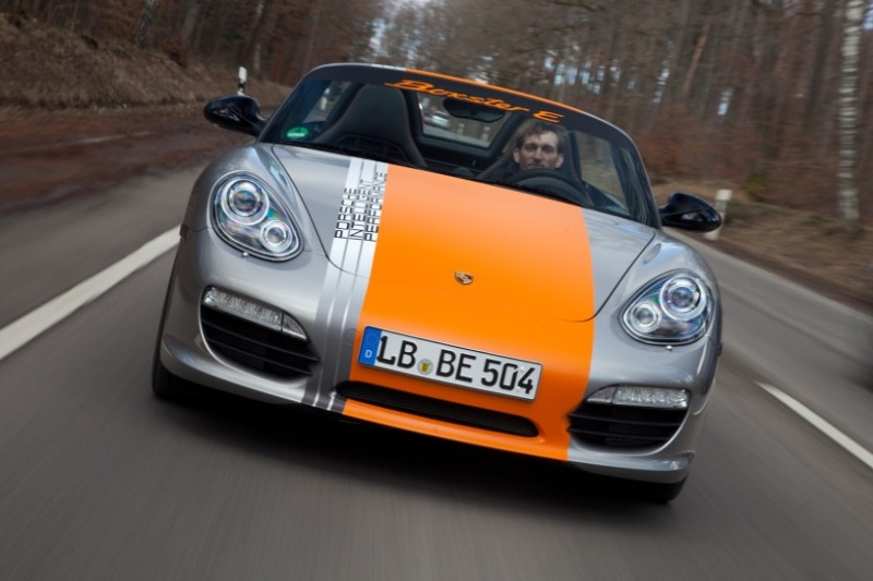 Porsche sẽ chỉ sản xuất xe điện có thể chạy trên 400km