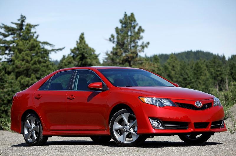 Tháng sau Toyota Camry 2015 ra mắt