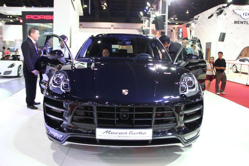 Porsche Macan đến Bangkok, về Việt Nam?