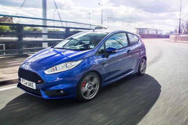 Ford Fiesta có bản cao cấp hơn