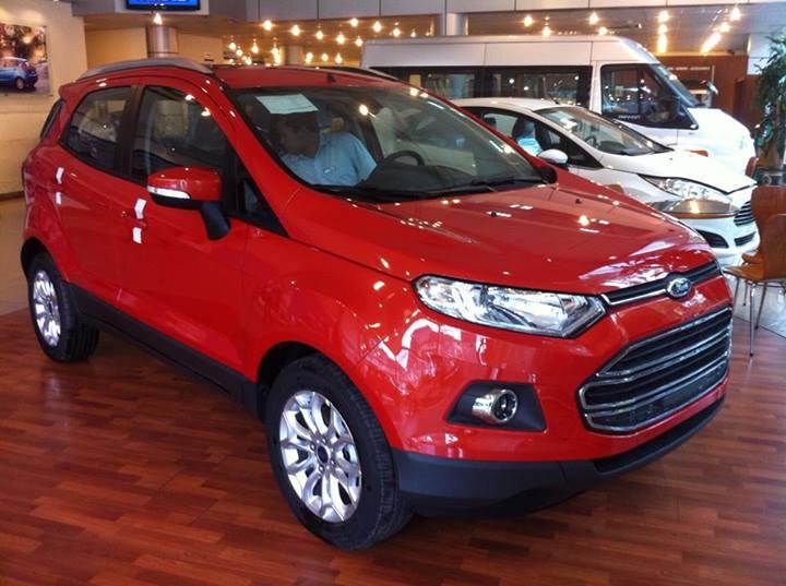 Hàng loạt đại lý chào bán Ford EcoSport với giá từ 606 triệu đồng