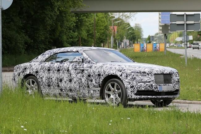 Rolls-Royce Wraith mui trần lộ diện trên đường thử