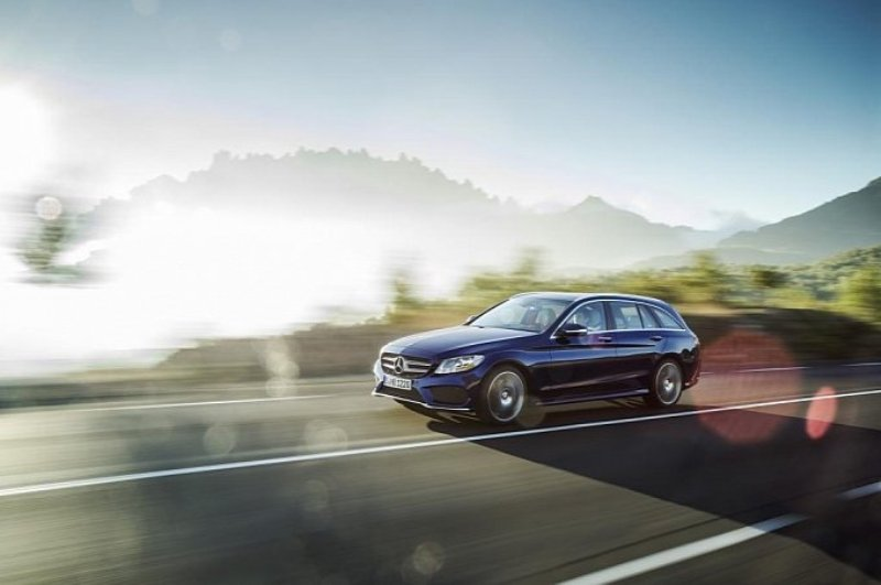 Mercedes-Benz C-Class Estate 2015: rộng rãi và tiện nghi