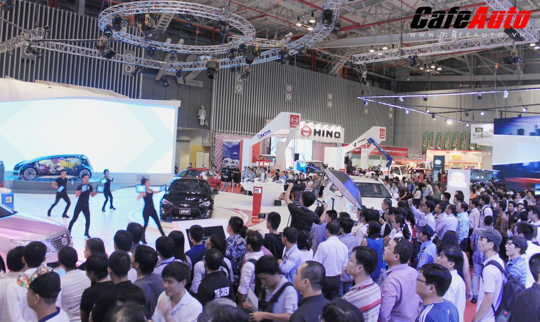 """Triển lãm ôtô lớn nhất 2014 """"né"""" Hà Nội?"""
