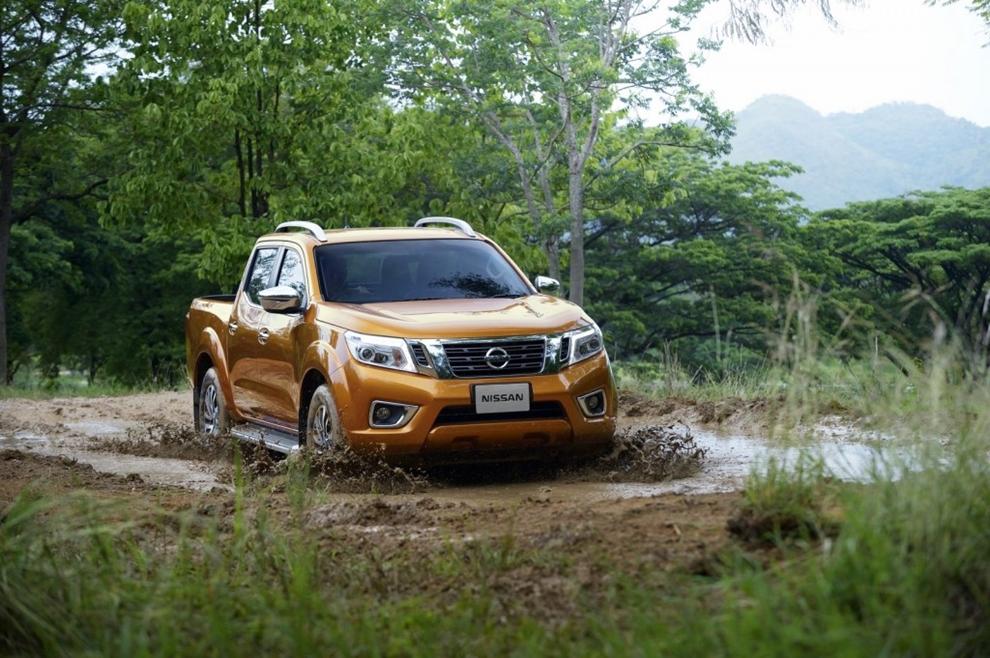 Nissan chính thức trình làng Navara hoàn toàn mới